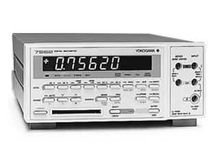 デジタルマルチメータ 7562-01-C(3a0228)