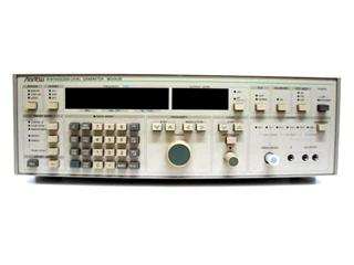 周波数シンセサイザ MG443B(3a0303)