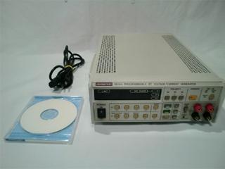 プログラマブル直流電圧/電流発生器 R6144 (3c1034)