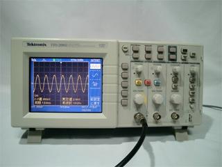 デジタルオシロスコープ TDS2002(3c2082)