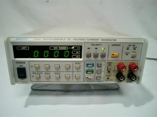 プログラマブル直流電圧/電流発生器 6144(3c2889)