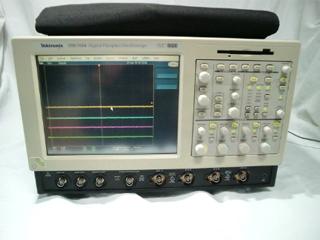 カラー・デジタル・フォスファ・オシロスコープ TDS7054(3h0078)