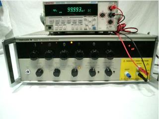 直流標準電圧発生器 2552-12(a01982)