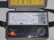 レンジ電池式絶縁抵抗計(4レンジ) 3313(3m3166)